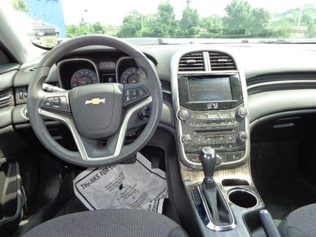 Vilseck_Auto_Military_Sales_9437