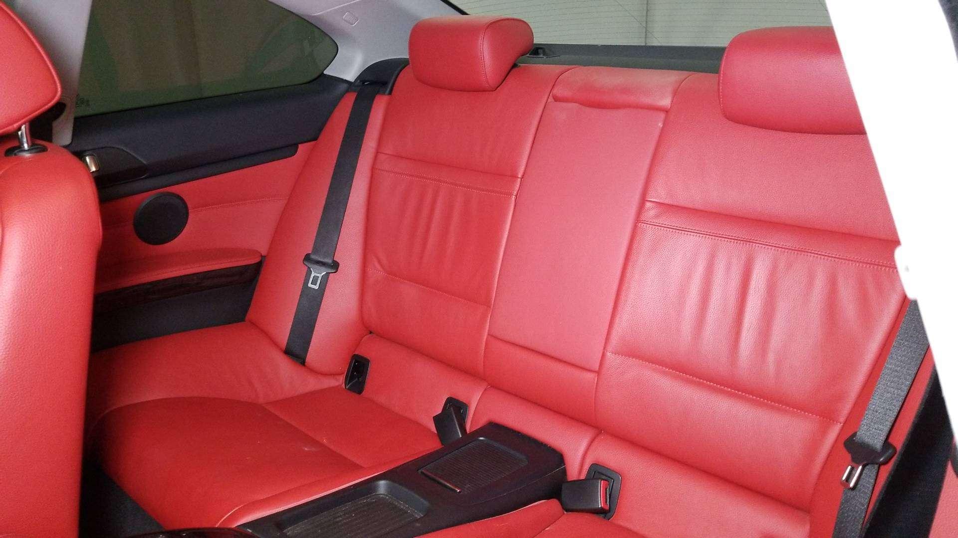 2011 BMW 328i Cpe 10