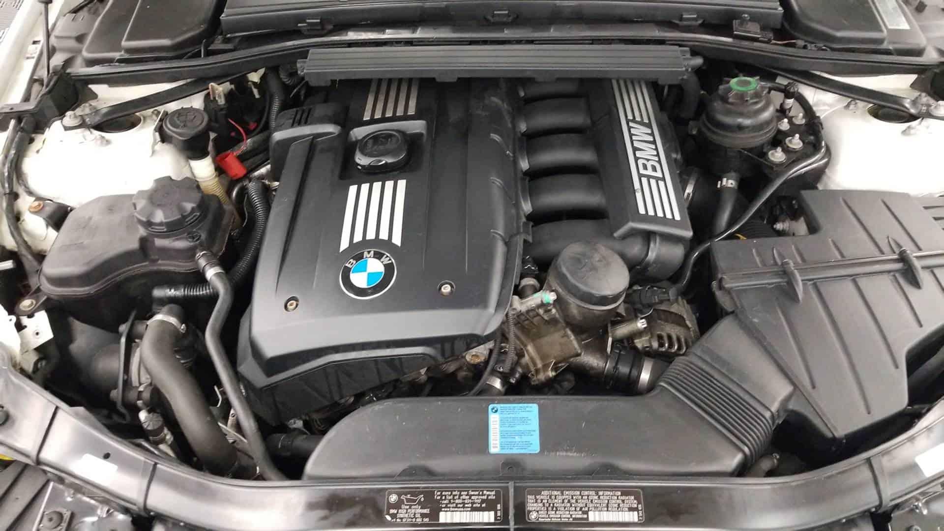 2011 BMW 328i Cpe 12