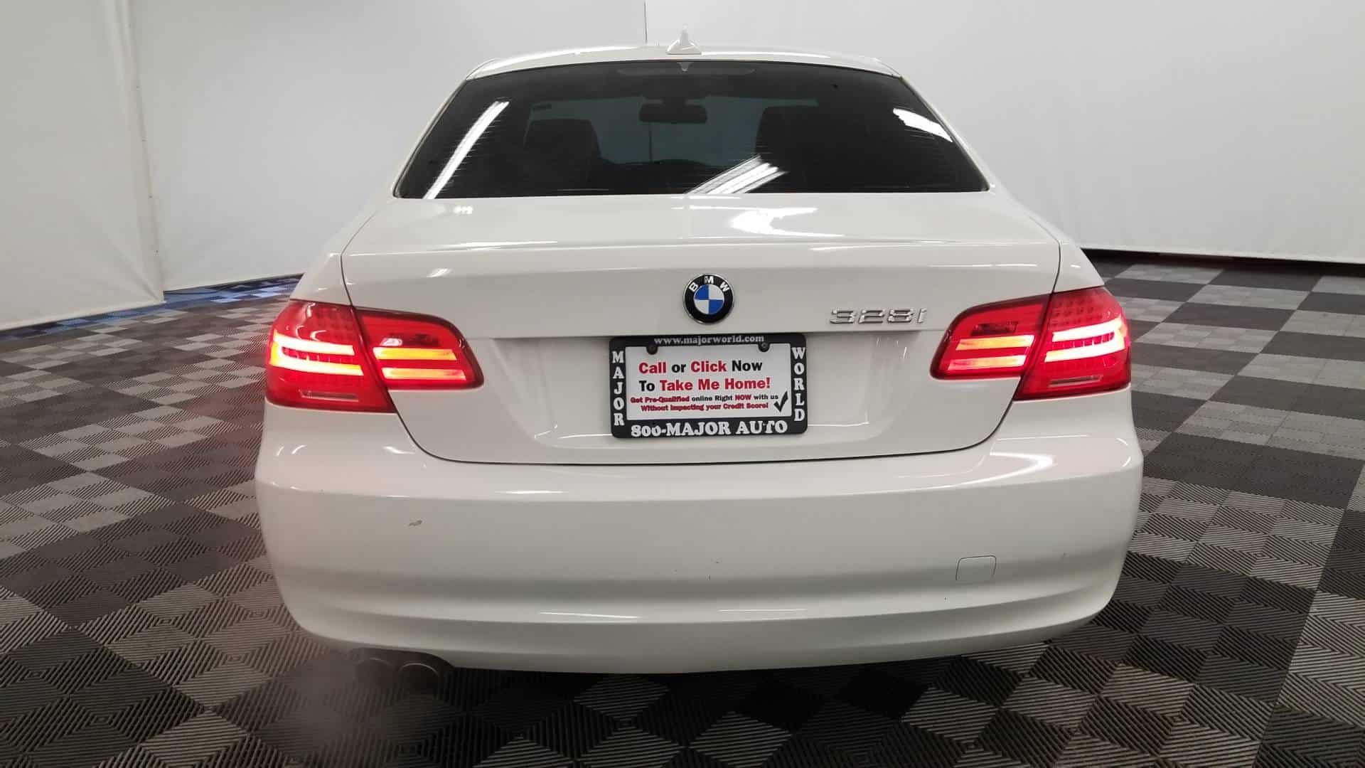 2011 BMW 328i Cpe 5