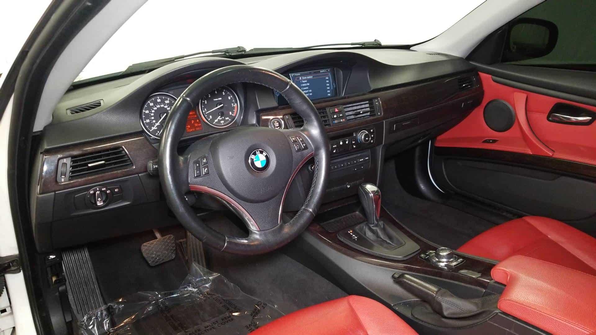 2011 BMW 328i Cpe 8