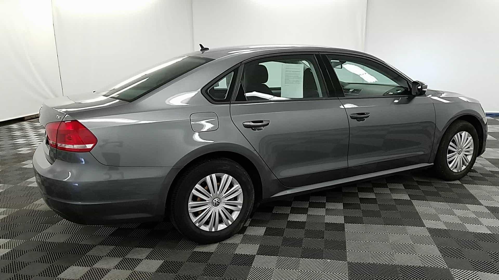 2014 VW Passat.10