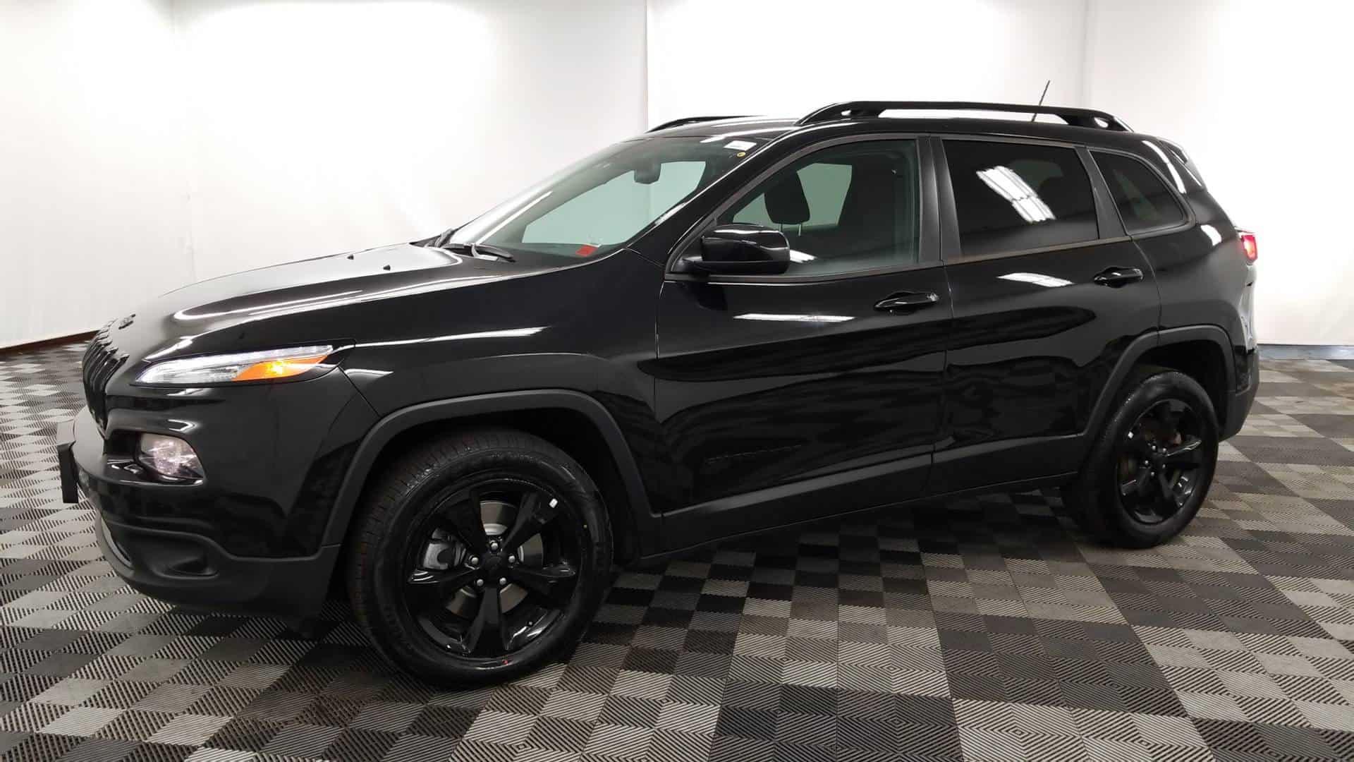 2016 Cherokee 3
