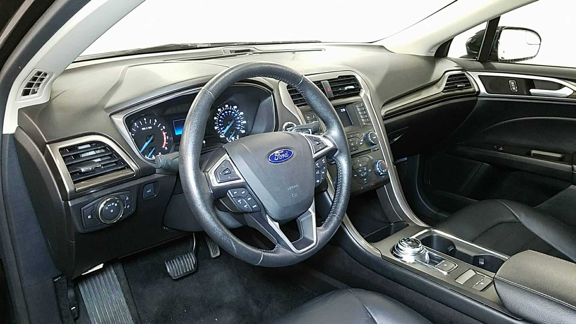 2016 Ford Fusion 8