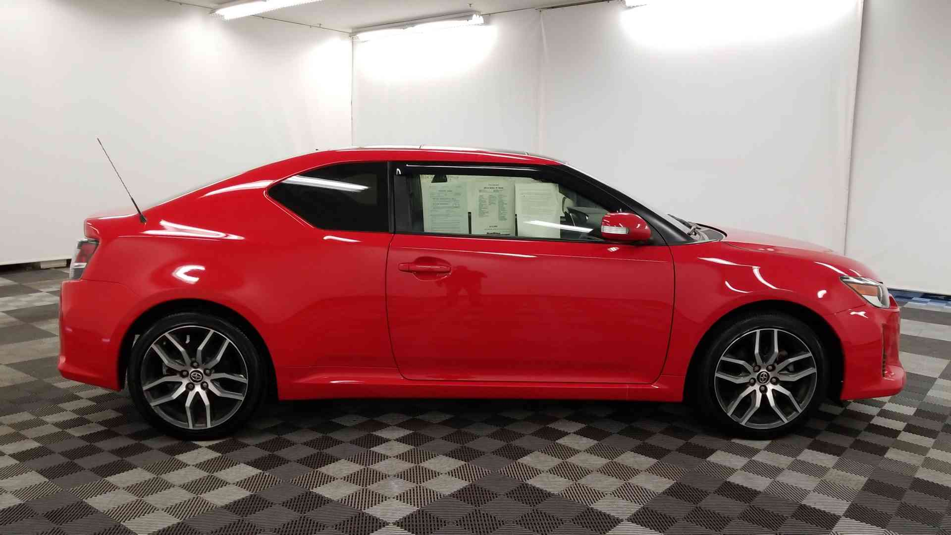 2016 Scion TC9