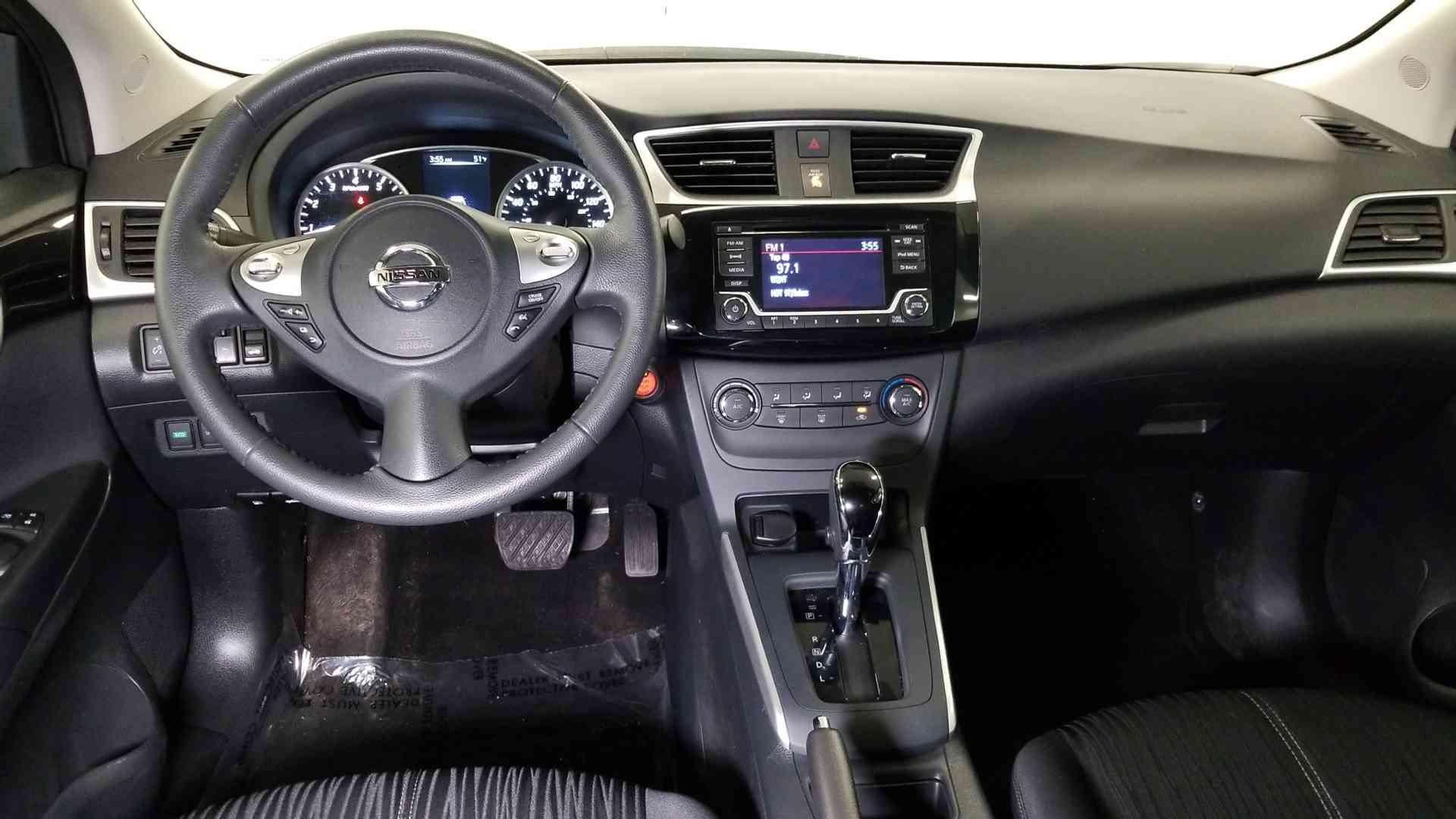 2017 Nissan Sentra 9